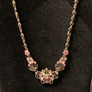 Vintage style necklace and earrings set